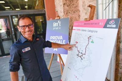 Parte oggi Giro E, la non competitiva sulle strade del Giro