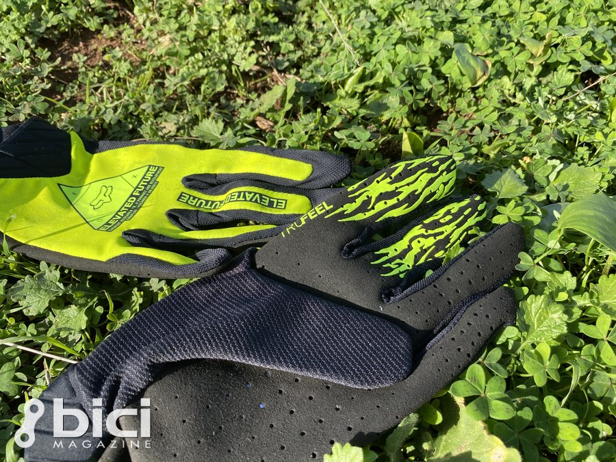 Flexair Elevated Glove