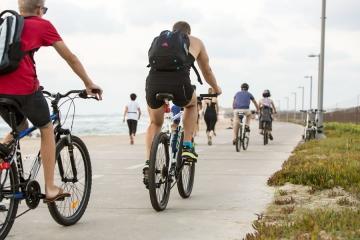 Tel Aviv-Yafo un nuovo piano strategico per portare le ciclabili a 300 km entro il 2025