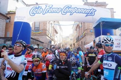 Granfondo Michele Scarponi seconda prove del Marche Marathon