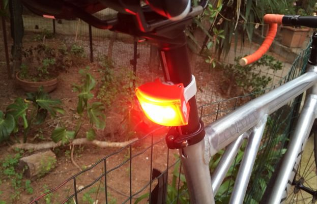 Bookman Curve Rear Light: minimal light