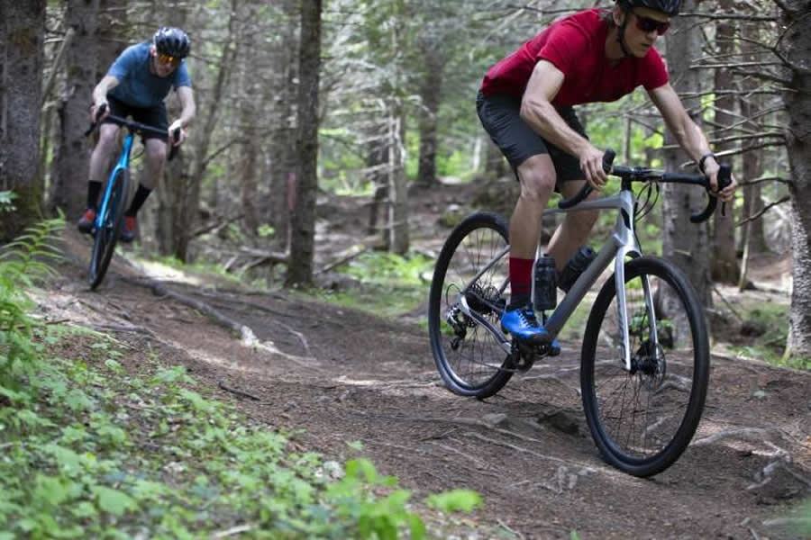 Devinci presenta la nuova Hatchet, gravel bike disponibile in carbonio e alluminio