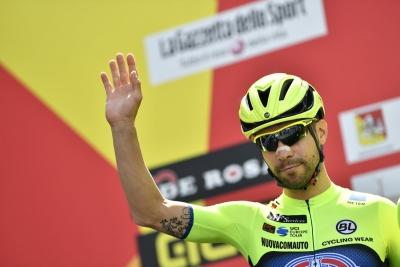Il Giro della Sicilia: appena partita la prima tappa, da Catania a Milazzo