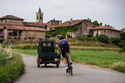 Santini Cycling Tours: sette imperdibili esperienze dedicate agli amanti delle due ruote