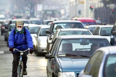 Rapporto Censis-Michelin sulla mobilità: in Italia è ancora l'auto la regina