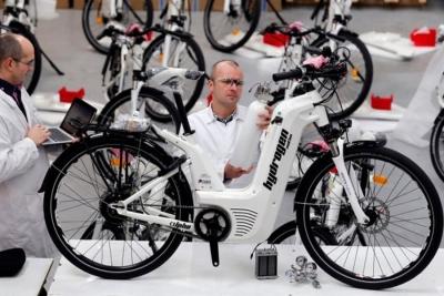 Dieci anni di ricerca e sviluppo per Pragma Alpha 2.0, prima bici ad idrogeno