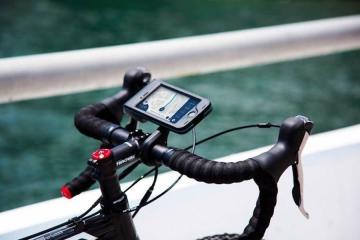 In sella con lo smartphone: come possono i ciclisti utilizzarli al meglio