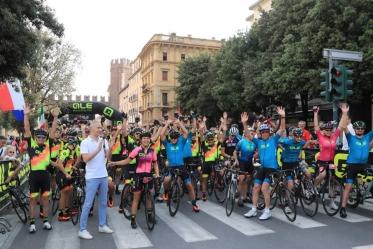 Granfondo Alé La Merckx, vittoria a Pisani fra gli uomini e Ciuffini per le donne
