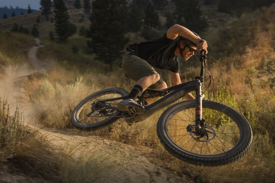 Turbo Levo: l'e-bike mountain di casa Specialized