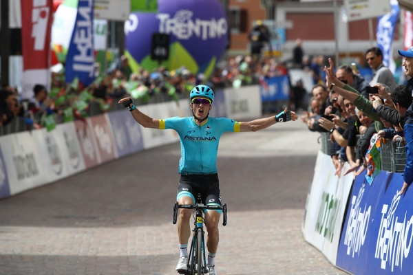 Tour of the Alps 2018: nella prima tappa Pello Bilbao sorprende tutti