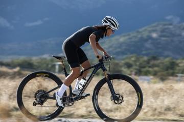Orbea by Hiru, la nuova collezione di abbigliamento tecnico da ciclismo per l'estate 2021