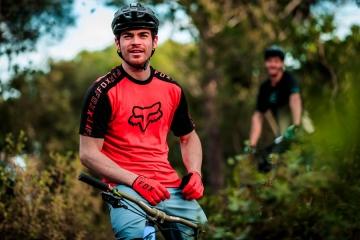 Guanti Fox da mountain bike: massima sensibilità o massima imbottitura?