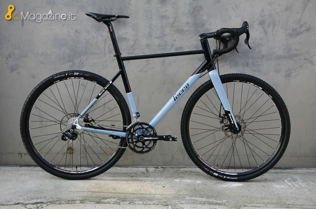 Mota Una Gravel Su Misura Da Ferro Biciclette Bicimagazineit